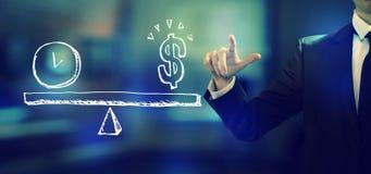 Tijd en geld op de schaal met een zakenman vector illustratie