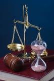 Tijd en rechtvaardigheid Stock Afbeelding