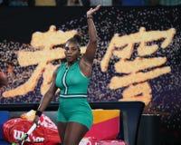 23-tijd Grand Slam-viert de Kampioen Serena Williams van Verenigde Staten overwinning na haar ronde van gelijke 16 bij Australian stock foto