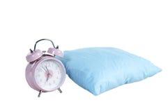 Tijd te ontwaken - alarm-klok en hoofdkussen Royalty-vrije Stock Foto's