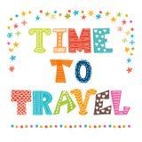 Tijd te reizen Inspirational citaat Hand het getrokken van letters voorzien Stock Foto's