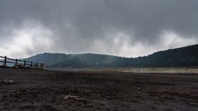 Tijdspanne van de de misttijd van Costa Rica van de Irazu de hoogste actieve vulkaan, 4k stock videobeelden