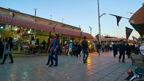 Tijdtijdspanne van activiteit op Ganjali Khan Bazaar in Kerman stock video