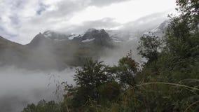Tijdtijdspanne van de berg van Alpen stock video