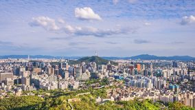 Tijdtijdspanne van de Stadshorizon van Seoel, Zuid-Korea stock footage