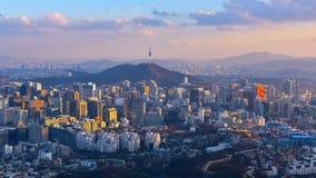 Tijdtijdspanne van de Stadshorizon van Seoel, Zuid-Korea stock video