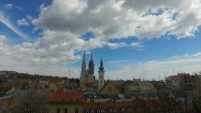 Tijdtijdspanne van het oude deel van het Kroatische kapitaal van Zagreb stock footage