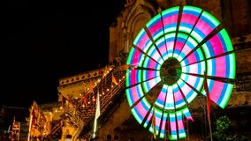 Tijdtijdspanne van oude pagode met het kleurrijke spinnen lighting7 stock videobeelden