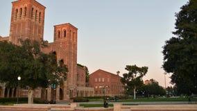 Tijdtijdspanne van Royce Hall op de UCLA-Campus stock footage
