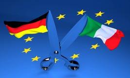 Tijeras abiertas con las banderas de Italia y de Alemania que vuelan en di opuestos fotos de archivo libres de regalías
