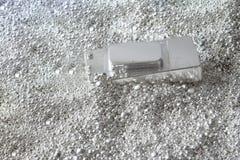 Tijolo de prata nas partes de prata imagem de stock