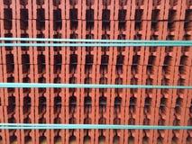 Tijolo vermelho com fita de turquesa Fotografia de Stock Royalty Free