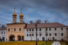 Tikhvin wniebowzięcia monasteru spadek 2018, Prawosławny, Tihvin, Świątobliwy Petersburg region, Rosja obraz stock