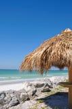 tiki хаты пляжа Стоковая Фотография