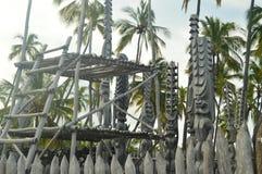 Tikis в родном гаваиском доме Стоковое Изображение