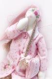 Tilda-Puppe im Rosa Stockbilder