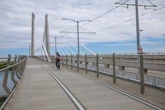 Tilikum横穿,桥梁风景在波特兰 库存图片