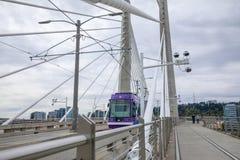 Tilikum横穿,桥梁风景在波特兰 免版税库存图片