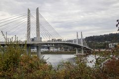 Tilikum korsning bro i Portland, Oregon arkivbild