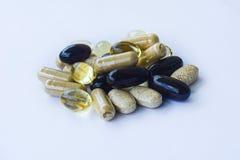 Tillägg - vitaminmineraler, omegaoljor Royaltyfri Foto