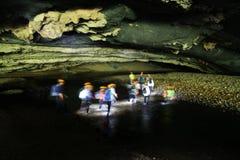 Till och med den Hang En grottan den 3rd största grottan för world's Arkivfoto