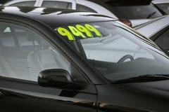 Till salu använd bil Arkivbild