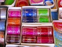 Till salu armringar, Bhimashankar Arkivbild
