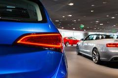 Till salu bilar Fotografering för Bildbyråer
