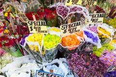 Till salu blommor Fotografering för Bildbyråer