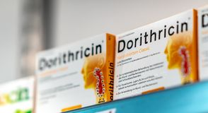 Till salu Dorithricin halsromber royaltyfria foton
