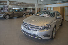 Till salu Mercedes-benz en-grupp Royaltyfri Bild