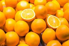 Till salu mogna apelsiner Royaltyfri Fotografi