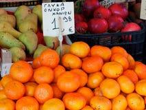 Till salu nya apelsiner Arkivbilder
