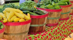 Till salu nya veggies Arkivbilder