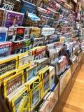 Till salu tidskrifter arkivfoton