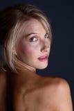 tillbaka blont naket Arkivbild