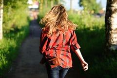 tillbaka flickateeager Fotografering för Bildbyråer