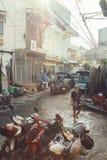 Tillbaka gränd i kineskvarteret Chiang Mai arkivbilder