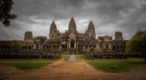 Tillbaka ingång av Angkor Wat, Royaltyfria Foton