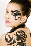 tillbaka målad scorpio för closeup flicka Royaltyfri Bild