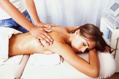 Tillbaka massage arkivbild