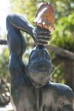 Tillbaka sikt av en haitier staty Royaltyfria Bilder