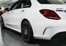Tillbaka sikt av en Mercedes Benz C 43 2018 avgasrörsystem Bilyttersidadetaljer Arkivbilder
