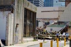 Tillbaka slut av byggnaden som kollapsade Arkivbilder
