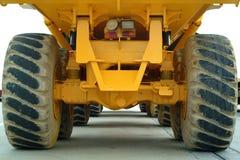 tillbaka stor lastbil Arkivbild
