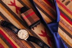 Tillbehör för man` s: Fjäril för man` s, skor, klockor Royaltyfri Fotografi