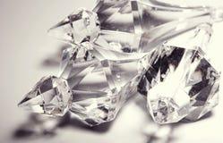 tillbehör små genomskinliga kristaller Arkivbild