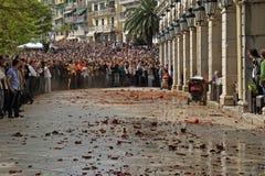 Tillbringare och kruka som kastar i Korfu royaltyfri bild