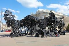 Tillfällig monument på den sovjetiska krigminnesmärken, Wien royaltyfri foto