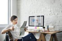 Tillfälligt begrepp för gladlynt funktionsduglig arbetsplatsavkoppling royaltyfria foton